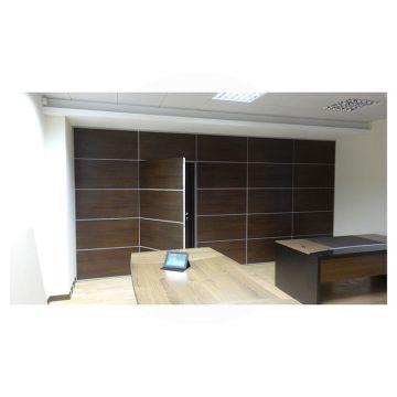 Стена-панель, со скрытой, потайной дверью и пультом ДУ