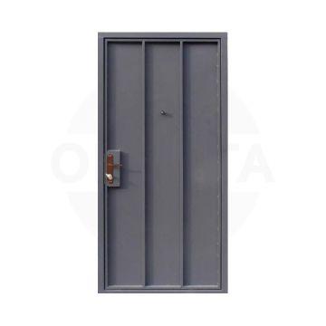 Дверь металлическая с ребрами жесткости