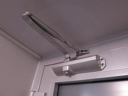 Доводчики для дверей
