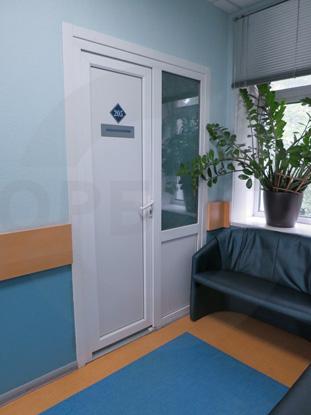 Белая облегченная офисная дверь финского типа, пр-ва Д.Крафт, Россия