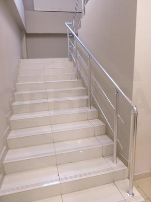 Алюминиевые лестничные ограждения