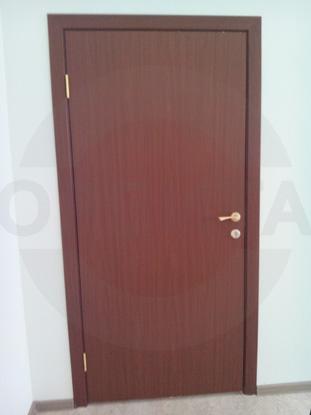 Пластиковые двери «Kapelli» в цвете итальянский орех