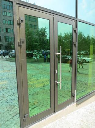 Алюминиевая входная дверь со стеклопакетом. Н.Новгород