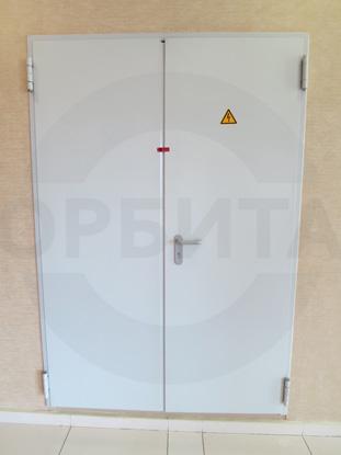 Противопожарные двери с регулируемыми подпружиненными петлями и пределом огнестойкости EI 60 (60 минут), RAL 7035, пр-во Padilla, Испания