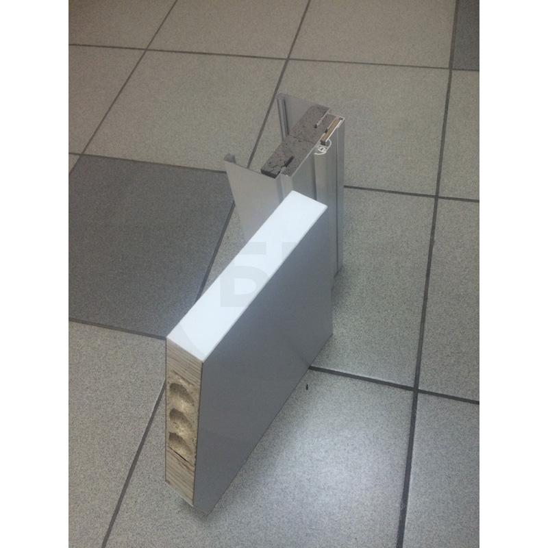 Образец дверей Kapelli с заполнением трубчатое ДСП в разрезе (12)